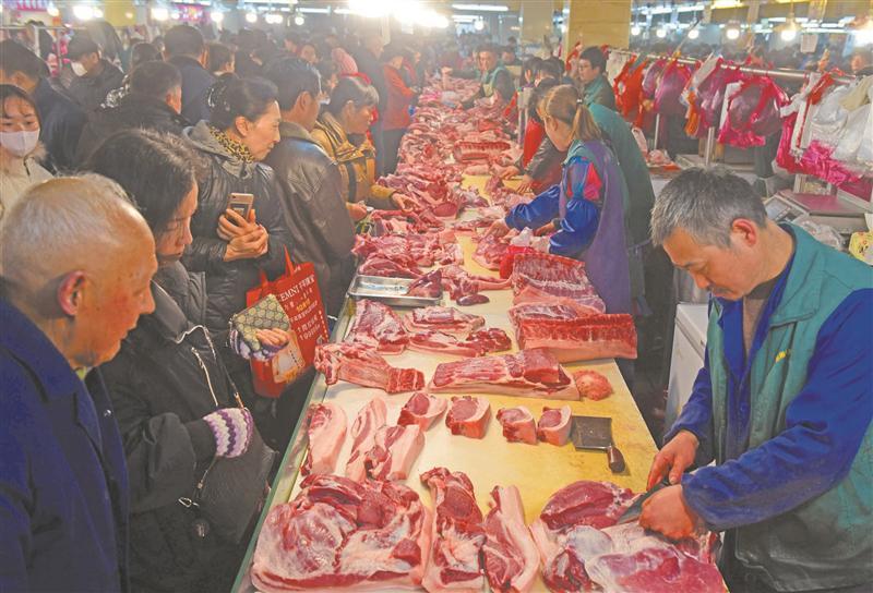 蔬菜、肉类、水果、鱼虾货足价稳 无锡春节市场