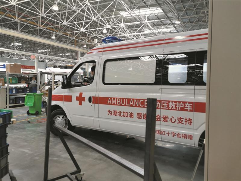 驰援疫情地区,贡献无锡力量 30辆负压救护车连夜